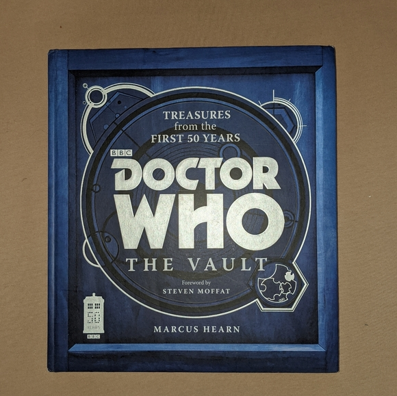 Dr Doctor Who The Vault Collectors Book Novel
